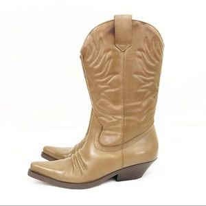 Vintage • Tan Leather Western Cowboy Boots